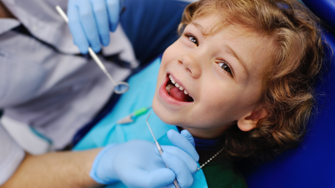 Is Your Child Afraid of the Dentist? Follow These Tips And Tricks!